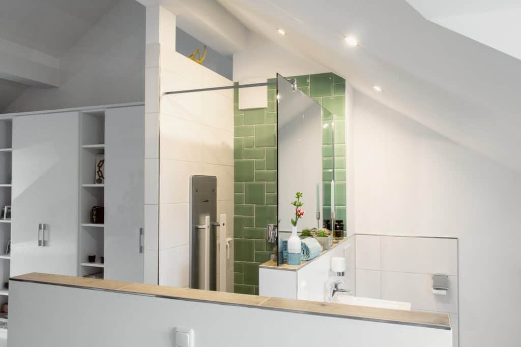 Vorher-Nachher Homestory: Badeinbau im Dachgeschoss