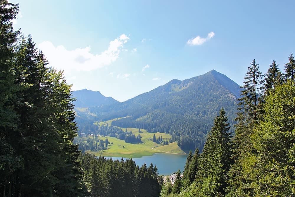 Wandern am Tegernsee und Ödberg: Blick auf den Spitzingsee