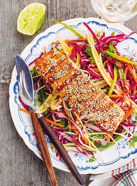Glasierter Lachs mit Sesam