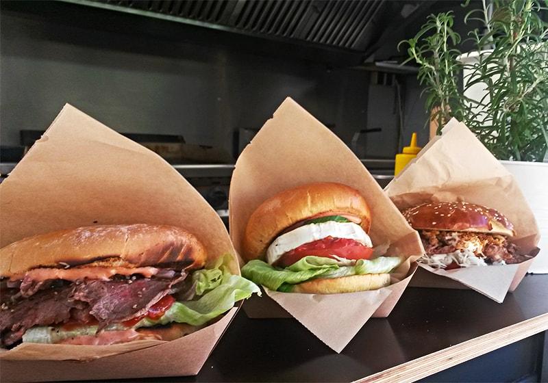 Heimat Food Truck drei Burger