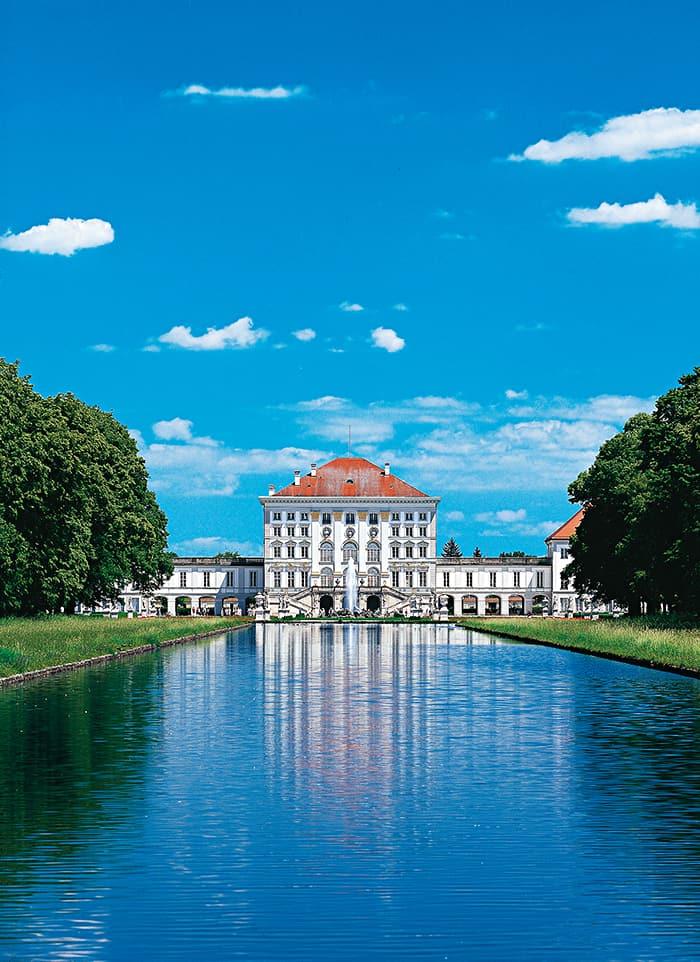 Schloss Nymphenburg, Parkseite mit Kanal