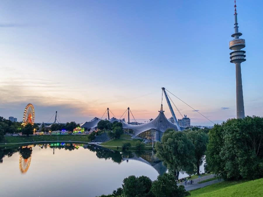 Sommer in der Stadt am Olympiapark München