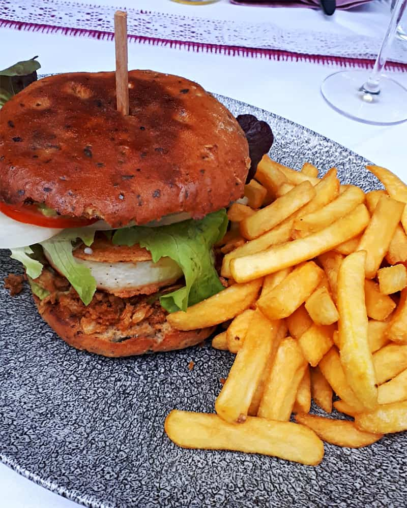 Veggie Burger Ziegenkäse