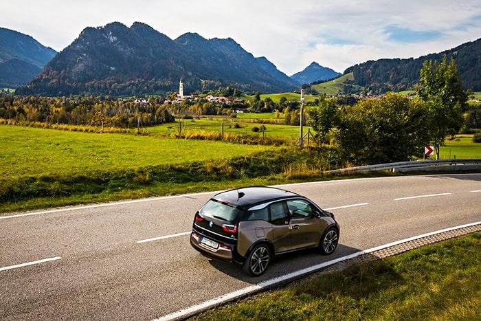 Deutsche Alpenstrasse Auto