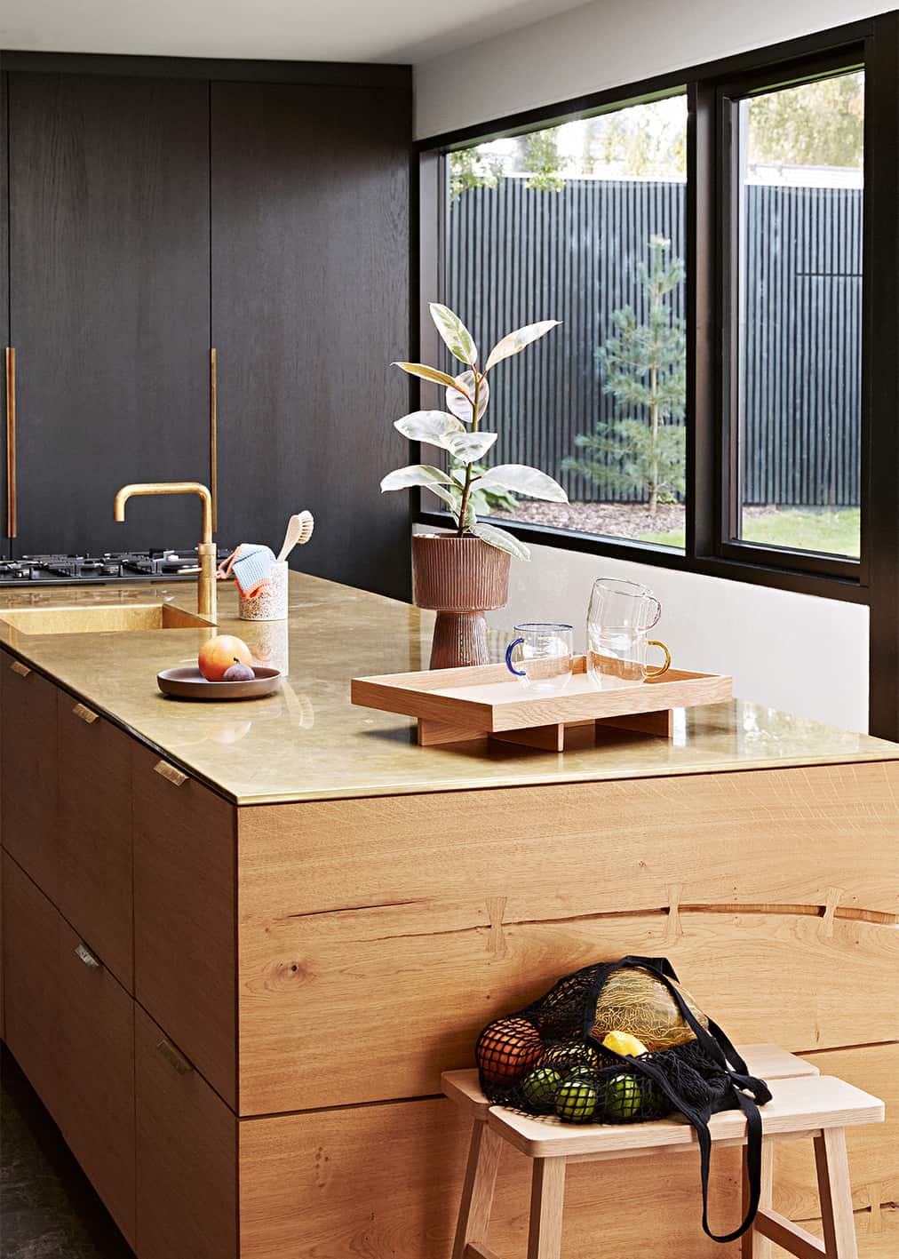 Vollholzküche; Foto: Hubsch