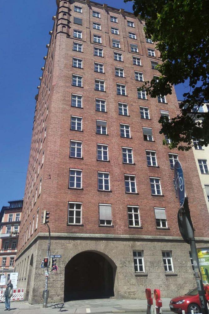 """Das """"Alte Technische Rathaus"""" – Erstes Hochhaus von München"""